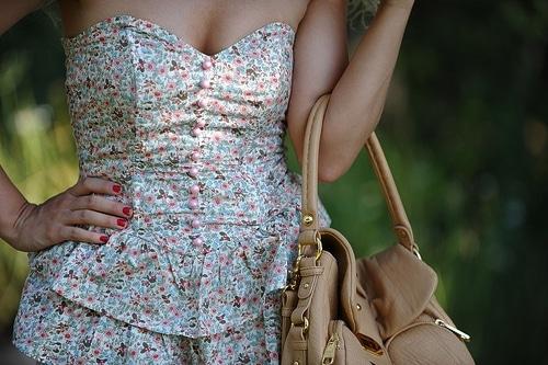 robe motif à fleur
