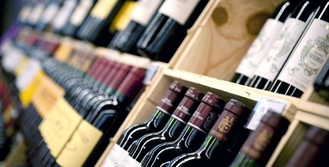 bouteilles de vin exposées